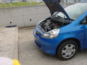 Honda FIT is waiting for repair